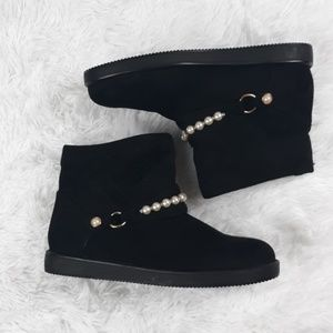 LIKE NEW PEARL and Black Booties Size 8